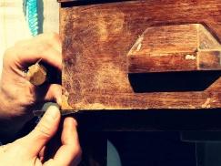 Consolidación madera desinsectada, restauración de muebles