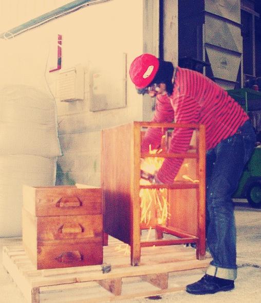 Desbastado, restauración de muebles