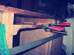Reparar muebles dañados, restauración de muebles