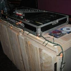 Dj Stand, equipo de música, construcción en madera