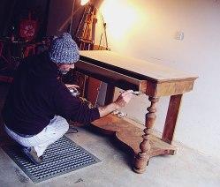 Madera teñida, Restauración de escritorio de madera