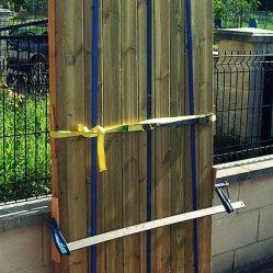 Trabajos en madera, construcción de portón de madera